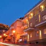 Janus Hotel